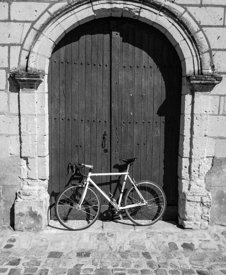 My bike Loire doorway (1 of 1)