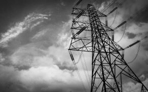 Pylon wind B&W (1 of 1)